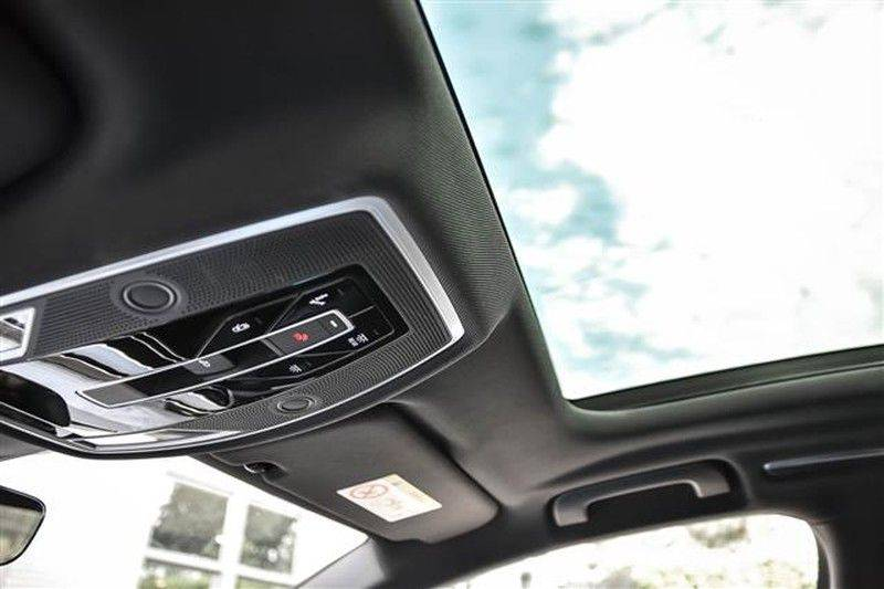 Audi A8 60 TFSI E HYBRID MASSAGE+4WSTURING+360CAMERA afbeelding 8