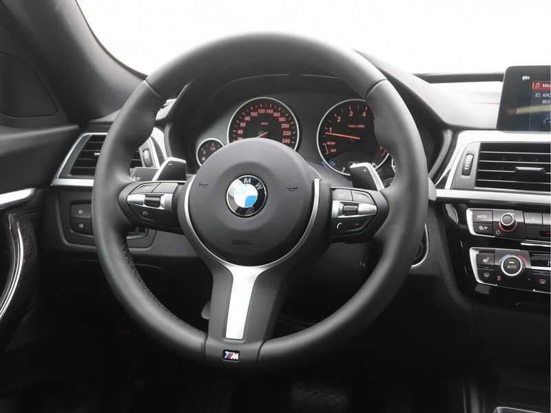 BMW 3 Serie Gran Turismo 320i High Executive Luxury Line Automaat afbeelding 8