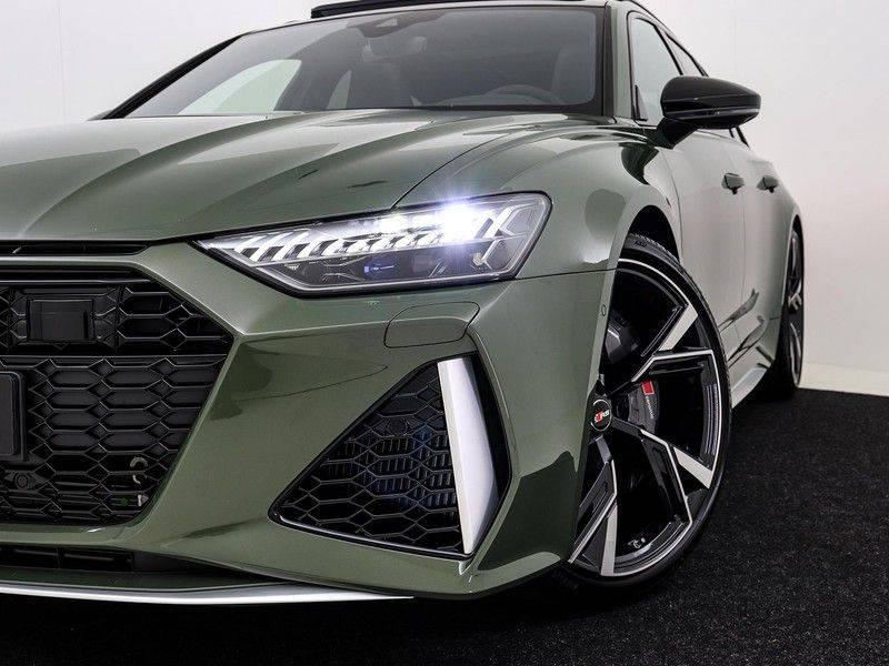 Audi A6 Avant RS 6 TFSI 600 pk quattro | 25 jaar RS Package | Dynamic + pakket | Keramische Remschijven | Audi Exclusive Lak | Carbon | Pano.dak | Assistentie pakket Tour & City | 360 Camera | afbeelding 14