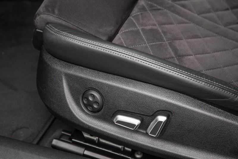 Audi RS6 Avant 4.0 TFSI RS6 quattro | 560PK | Audi Exclusive | Pano.Dak | Bose Sound | Adapt.sport Onderstel | afbeelding 25