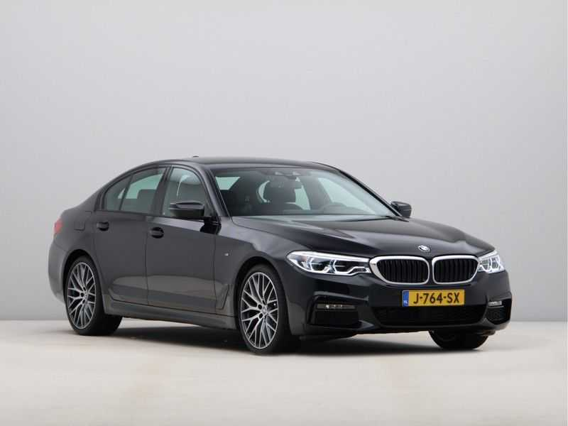 BMW 5 Serie 520i High Exe Aut. M-Sport afbeelding 4