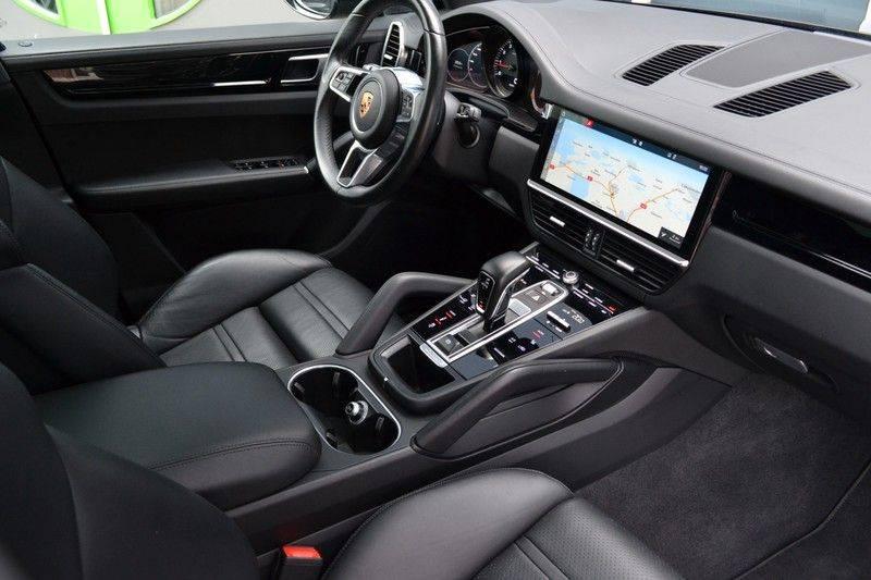 Porsche Cayenne 2.9 S 441pk Pano Luchtv Trekh Adp-zetels PDLS 21inch afbeelding 3