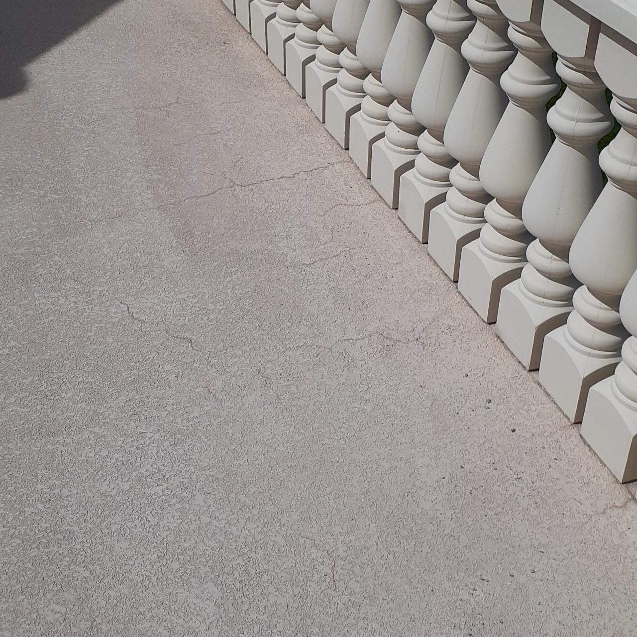 concrete-balcony-deck-restoration--before-09