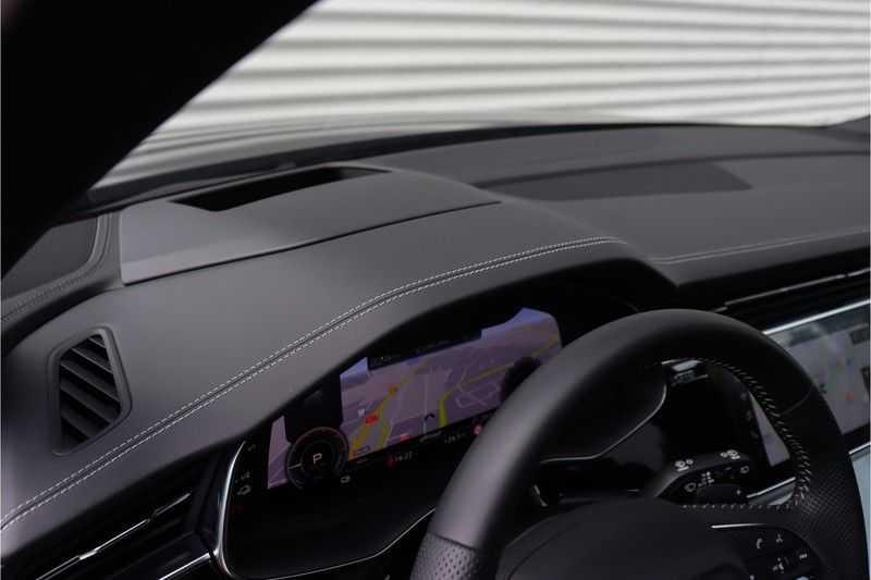Audi Q7 60 TFSI e quattro Competition Panoramadak, BOSE, Massage, Ruitstiksel, Trekhaak afbeelding 14