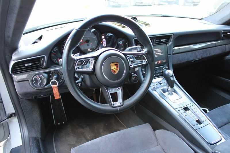 Porsche 911 3.0 Carrera 4 GTS afbeelding 8