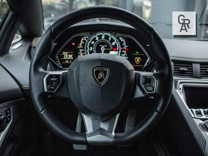 Lamborghini Aventador 6.5 V12 LP700-4 | Lift systeem | 20 inch wielen | Navigatie | afbeelding 14