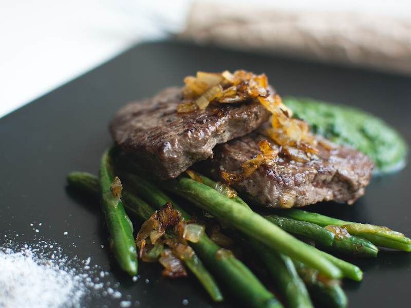 Paleo beef steak with vegetables